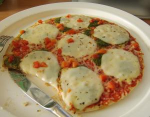 pizza salsa y huevos