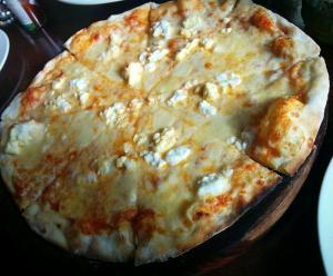 pizza palta queso