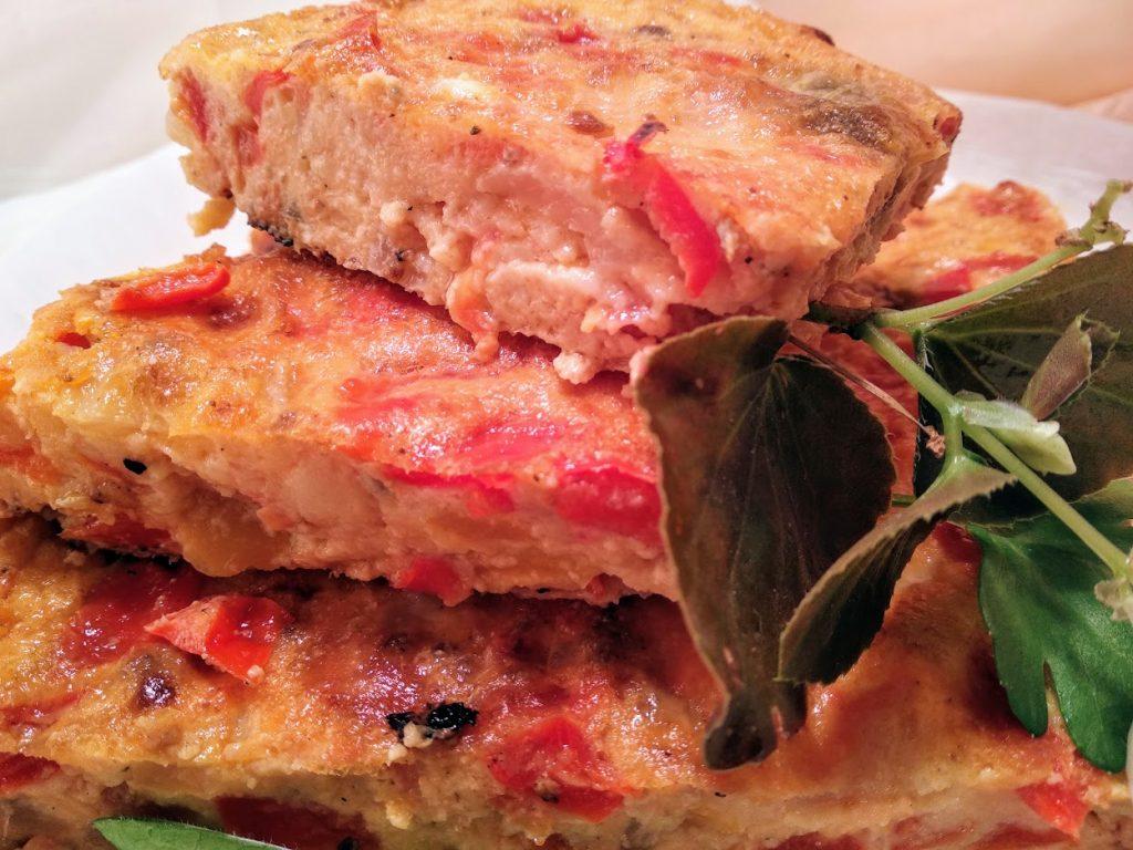 tarta italiana de ricota, longaniza y queso parmesano