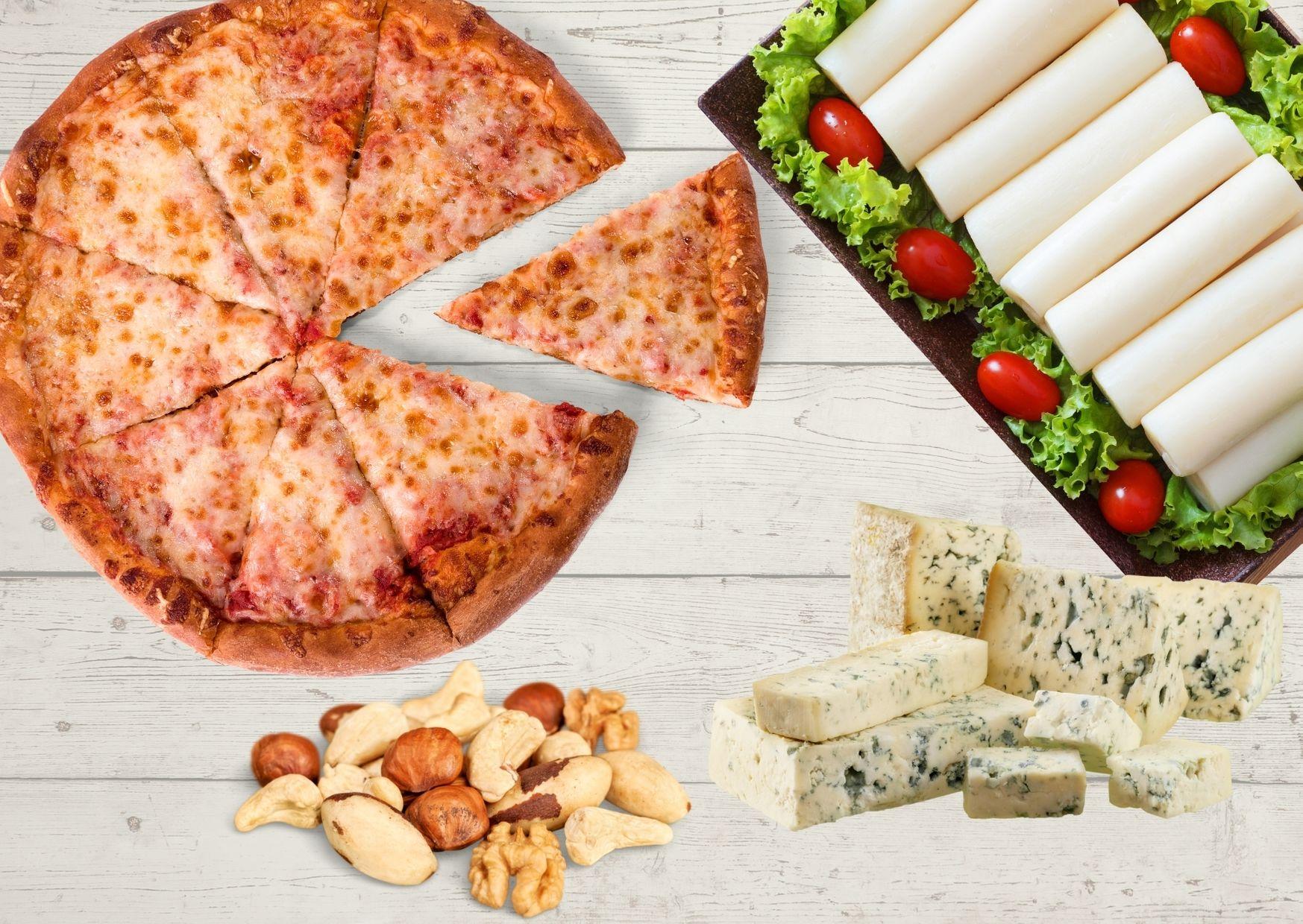Pizza de roquefort, palmitos y nueces
